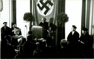 Cyriel Verschaeve spreekt zijn dankwoord uit voor het eredoctoraat van de universiteit van Keulen, 15 mei 1944. [BE ADVN VFAL 194]